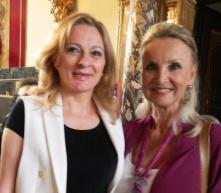 La Bouchet con la press-agent Daniela Lombardi